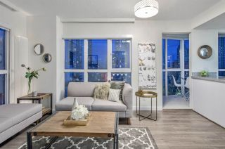 """Photo 2: 807 1188 HOWE Street in Vancouver: Downtown VW Condo for sale in """"1188 HOWE"""" (Vancouver West)  : MLS®# R2162667"""