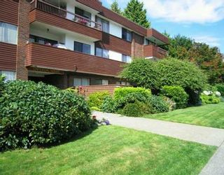 """Photo 1: 306 122 E 17TH Street in North_Vancouver: Central Lonsdale Condo for sale in """"Imperial House"""" (North Vancouver)  : MLS®# V764993"""