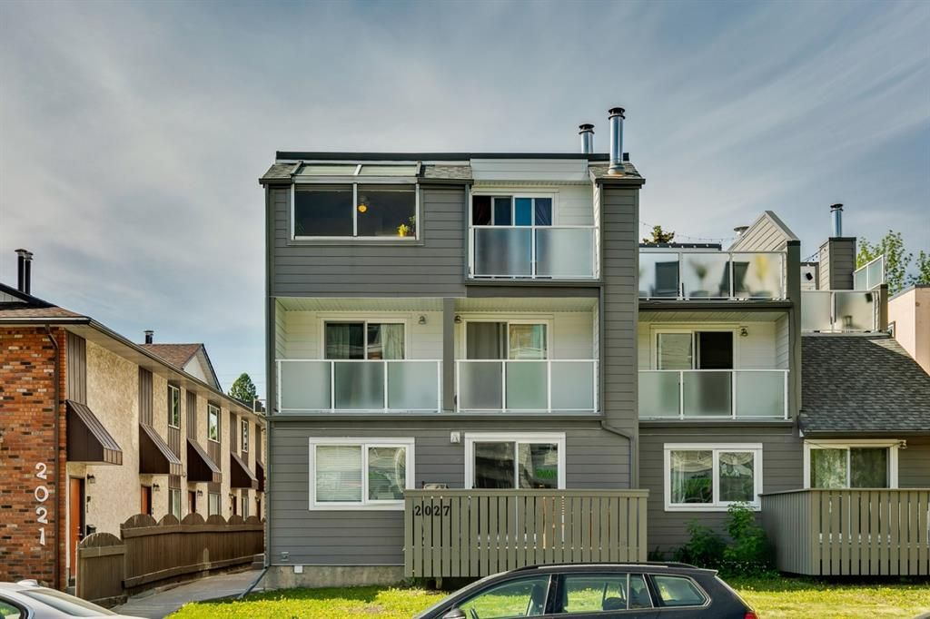 Main Photo: 5 2027 34 Avenue SW in Calgary: Altadore Row/Townhouse for sale : MLS®# A1115146