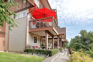 """Photo 2: 70 2000 PANORAMA Drive in Port Moody: Heritage Woods PM Townhouse for sale in """"MOUNTAIN EDGE"""" : MLS®# R2595917"""