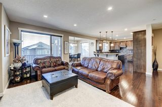 Photo 3: 452 Evergreen Circle SW in Calgary: Evergreen Detached for sale : MLS®# A1065396