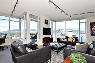 """Photo 2: 2804 1211 MELVILLE Street in Vancouver: Coal Harbour Condo for sale in """"The Ritz"""" (Vancouver West)  : MLS®# R2247457"""