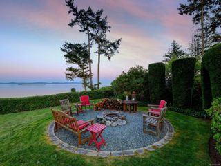 Photo 11: 6749 Welch Rd in : CS Martindale House for sale (Central Saanich)  : MLS®# 875502