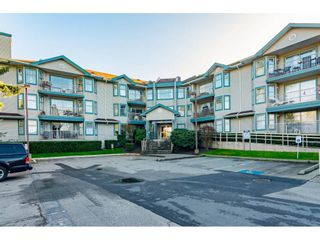 "Photo 2: 104 10756 138 Street in Surrey: Whalley Condo for sale in ""Vista Ridge"" (North Surrey)  : MLS®# R2528394"