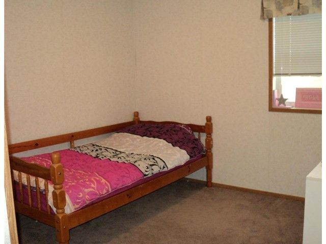 """Photo 6: Photos: 43 5701 AIRPORT Drive in Fort Nelson: Fort Nelson -Town Manufactured Home for sale in """"SOUTHRIDGE MOBILE HOME PARK"""" (Fort Nelson (Zone 64))  : MLS®# N212129"""
