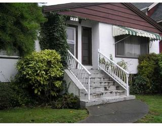 Photo 1: 3261 AUSTREY Avenue in Vancouver: Collingwood VE House for sale (Vancouver East)  : MLS®# V761130