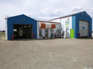 Photo 1: 353 100A Street in Tisdale: Commercial for sale : MLS®# SK855342