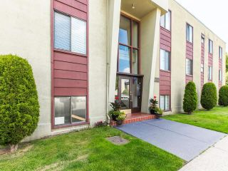 """Photo 20: 101 2880 OAK Street in Vancouver: Fairview VW Condo for sale in """"KINGSMERE MANOR"""" (Vancouver West)  : MLS®# R2597060"""