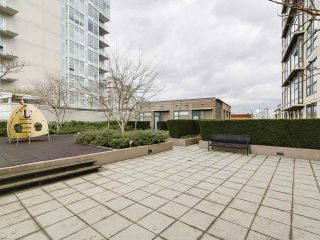 """Photo 15: 1001 1068 W BROADWAY in Vancouver: Fairview VW Condo for sale in """"The Zone"""" (Vancouver West)  : MLS®# R2148292"""