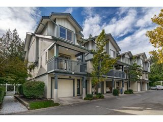 """Photo 1: 34 19250 65 Avenue in Surrey: Clayton Townhouse for sale in """"Sunberry Court"""" (Cloverdale)  : MLS®# R2409973"""