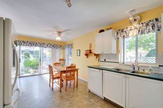 """Photo 3: 22 7330 122 Street in Surrey: West Newton Townhouse for sale in """"Strawberry Hills Estates"""" : MLS®# R2115848"""
