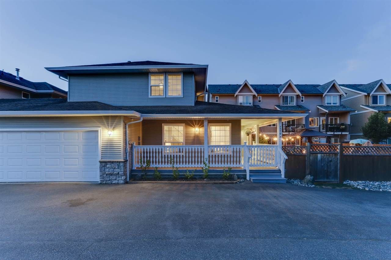 Main Photo: B 7374 EVANS Road in Sardis: Sardis West Vedder Rd 1/2 Duplex for sale : MLS®# R2491454