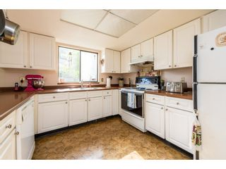 Photo 5: 7140 BLAKE Drive in Delta: Sunshine Hills Woods House for sale (N. Delta)  : MLS®# R2365383