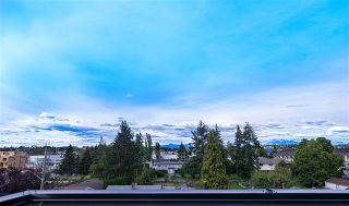 Photo 7: 2 19670 55A Avenue in Langley: Langley City Townhouse for sale : MLS®# R2409382