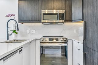 Photo 5: 1804 1238 Richards Street in Vancouver: Yaletown Condo for sale