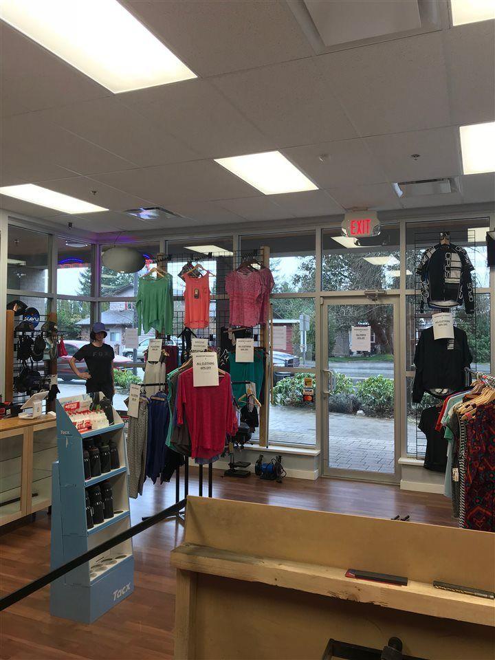 Main Photo: 101 5682 WHARF AVENUE in Sechelt: Sechelt District Retail for sale (Sunshine Coast)  : MLS®# C8017594