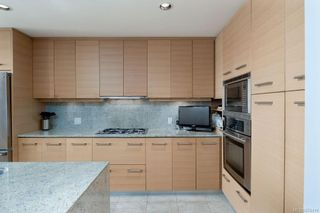 Photo 6: 502 9809 Seaport Pl in : Si Sidney North-East Condo for sale (Sidney)  : MLS®# 874419