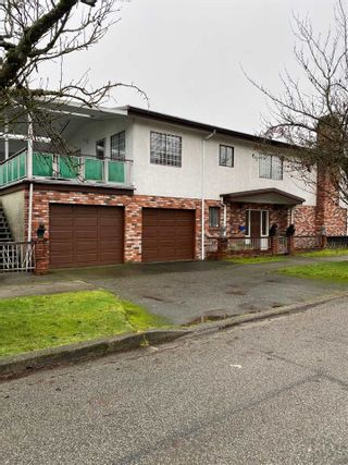 Photo 2: 2208 E 35TH Avenue in Vancouver: Victoria VE House for sale (Vancouver East)  : MLS®# R2527707