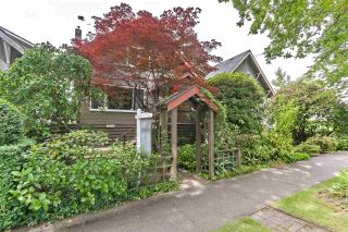 Photo 1: 2835 STEPHENS Street in Vancouver: Kitsilano House for sale (Vancouver West)  : MLS®# R2376938