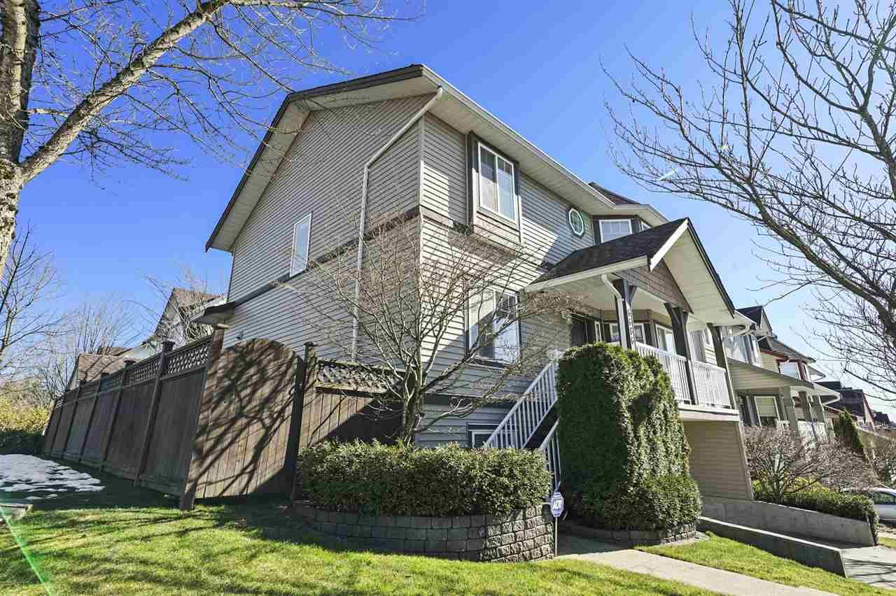 """Photo 19: Photos: 6686 205A Street in Langley: Willoughby Heights House for sale in """"WILLOW RIDGE"""" : MLS®# R2346126"""