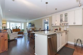 "Photo 6: 304 15357 ROPER Avenue: White Rock Condo for sale in ""REGENCY COURT"" (South Surrey White Rock)  : MLS®# R2171104"