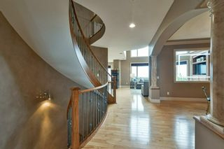 Photo 8: 32 coulee View SW in Calgary: Cougar Ridge Detached for sale : MLS®# A1117210