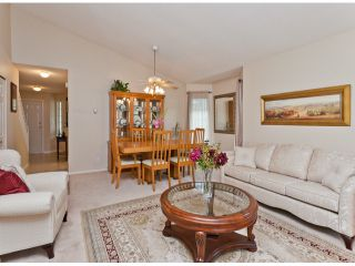 """Photo 18: 28 21138 88TH Avenue in Langley: Walnut Grove Townhouse for sale in """"SPENCER GREEN"""" : MLS®# F1318729"""
