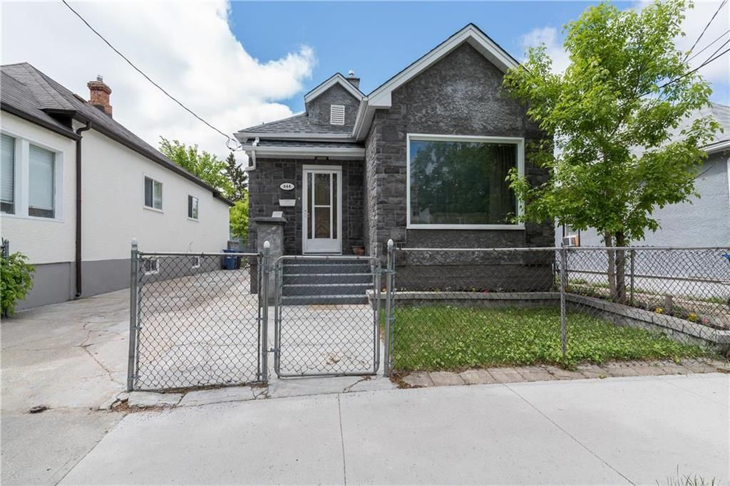 Main Photo: 444 Burrows Avenue in Winnipeg: Residential for sale (4A)  : MLS®# 202112893