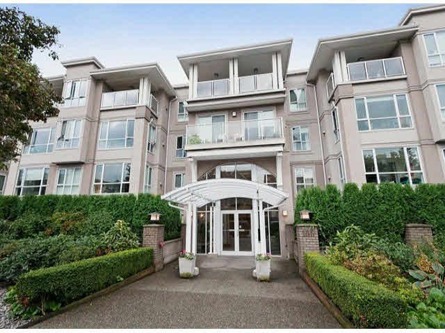 """Main Photo: 111 155 E 3RD Street in North Vancouver: Lower Lonsdale Condo for sale in """"THE SOLANO"""" : MLS®# V1090991"""