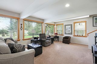 Photo 2: 6632 Mystery Beach Dr in : CV Union Bay/Fanny Bay House for sale (Comox Valley)  : MLS®# 870583