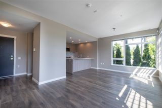 """Photo 6: 100 3289 RIVERWALK Avenue in Vancouver: South Marine Condo for sale in """"R & R"""" (Vancouver East)  : MLS®# R2470251"""