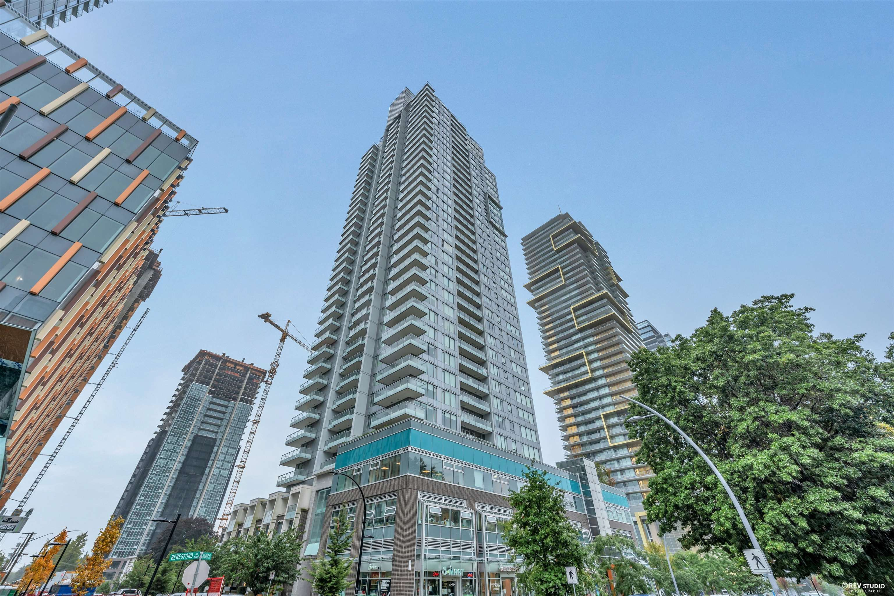 """Main Photo: 601 6333 SILVER Avenue in Burnaby: Metrotown Condo for sale in """"SILVER"""" (Burnaby South)  : MLS®# R2618078"""