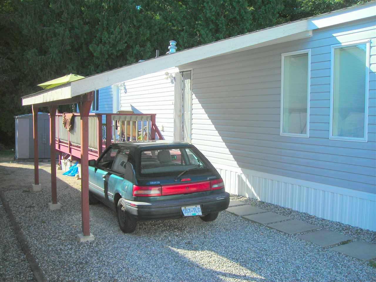 Photo 2: Photos: 5 5575 MASON Road in Sechelt: Sechelt District Manufactured Home for sale (Sunshine Coast)  : MLS®# R2099837