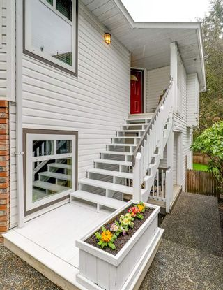 "Photo 2: 1942 EUREKA Avenue in Port Coquitlam: Citadel PQ House for sale in ""CITADEL"" : MLS®# R2252315"
