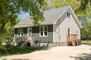 Photo 1: 51 McLennan Road: St. Andrews Single Family Detached for sale (R13)  : MLS®# 1915313