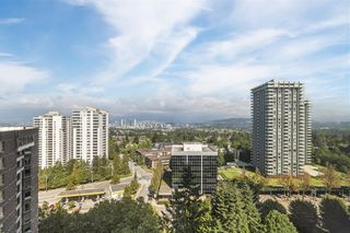 """Photo 11: 1908 5883 BARKER Avenue in Burnaby: Metrotown Condo for sale in """"Aldynne on the Park"""" (Burnaby South)  : MLS®# R2616050"""