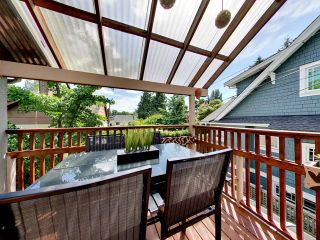 """Photo 1: 2271 WATERLOO Street in Vancouver: Kitsilano House for sale in """"KITSILANO!"""" (Vancouver West)  : MLS®# R2086702"""