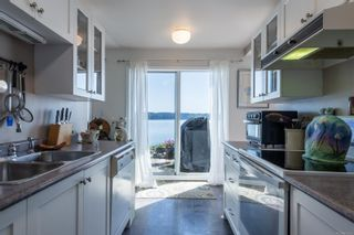 Photo 9: 109 87 S Island Hwy in : CR Campbell River South Condo for sale (Campbell River)  : MLS®# 873355