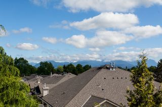 "Photo 12: 118 9012 WALNUT GROVE Drive in Langley: Walnut Grove Townhouse for sale in ""Queen Anne Green"" : MLS®# R2065366"