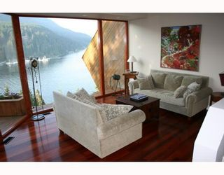 Photo 7: 4720 EASTRIDGE Road in North Vancouver: Deep Cove House for sale : MLS®# V748012
