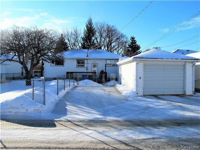 Photo 2: Photos:  in Winnipeg: East Kildonan Residential for sale (3D)  : MLS®# 1800779