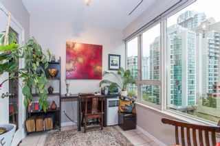 """Photo 11: 605 1177 HORNBY Street in Vancouver: Downtown VW Condo for sale in """"London Place"""" (Vancouver West)  : MLS®# R2304699"""