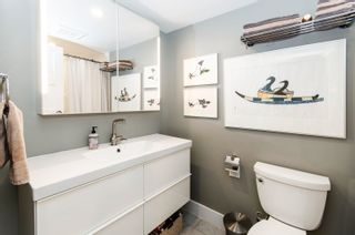 """Photo 15: 206 175 E 5TH Street in North Vancouver: Lower Lonsdale Condo for sale in """"Wellington Manor"""" : MLS®# R2624759"""