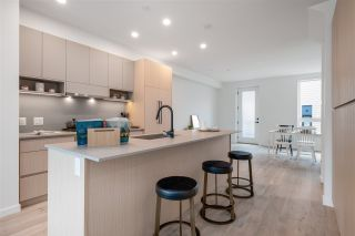 """Photo 16: TH27 528 E 2ND Street in North Vancouver: Lower Lonsdale Townhouse for sale in """"Founder Block South"""" : MLS®# R2543628"""
