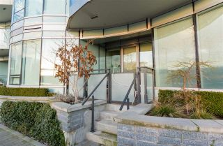 "Photo 1: 103 181 W 1ST Avenue in Vancouver: False Creek Condo for sale in ""THE BROOK"" (Vancouver West)  : MLS®# R2227937"