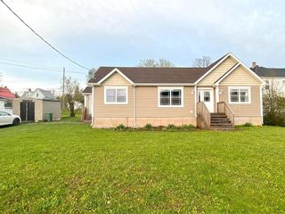 Photo 29: 78 Victoria Street in Springhill: 102S-South Of Hwy 104, Parrsboro and area Residential for sale (Northern Region)  : MLS®# 202112481