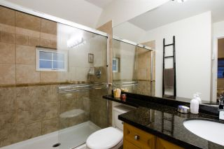 Photo 10: 1672 GRANT Street in Vancouver: Grandview Woodland Townhouse for sale (Vancouver East)  : MLS®# R2430488