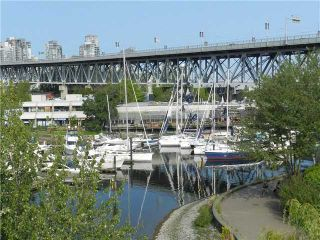 """Photo 3: 101 1550 MARINER Walk in Vancouver: False Creek Condo for sale in """"MARINER POINT"""" (Vancouver West)  : MLS®# V976624"""