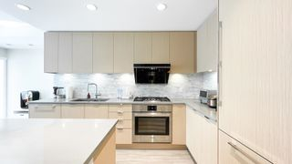 Photo 10: 108 9233 ODLIN Road in Richmond: West Cambie Condo for sale : MLS®# R2596265