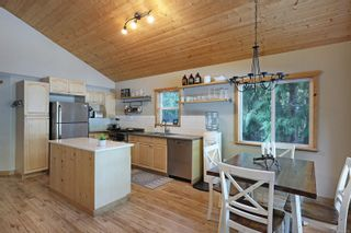 Photo 6: 2582 East Side Rd in : PQ Qualicum North House for sale (Parksville/Qualicum)  : MLS®# 859214